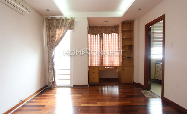 Fully-furnished Tran Nao Townhouse for Lease-5400