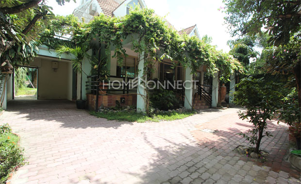 Exotic Villa in Compound for Rent in District 2-5334