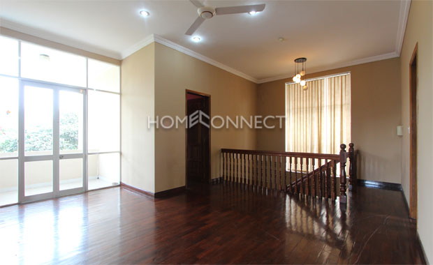 Bright Unfurnished Villa in Compound at Tran Nao for Lease-5344