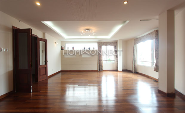 Fully-furnished Tran Nao Townhouse for Lease-5401