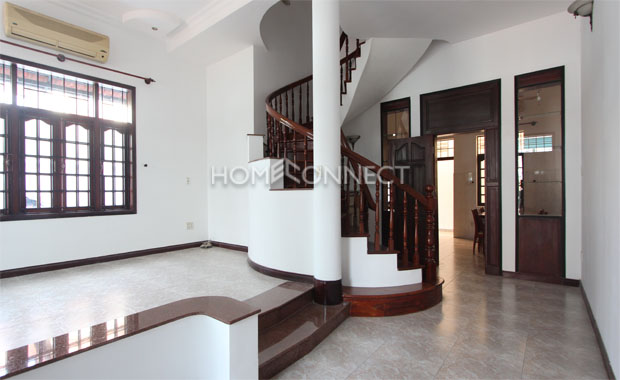 living-room-house-for-rent-in-thao dien-pv020559