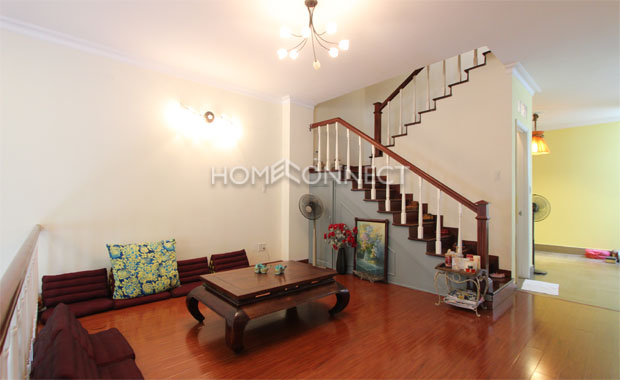 living-room-house-for-rent-in-thao dien-th020311