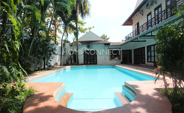 swimming-pool-house-for-rent-in-district 2-pv020019
