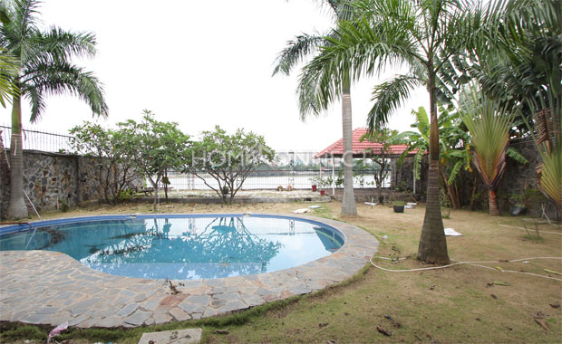 swimming-pool-house-for-rent-in-district 2-vc020010