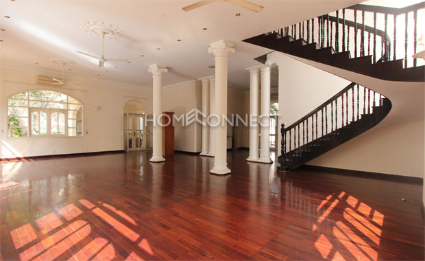 living-room1-house-for-rent-in-compound-in-district2-vc020402