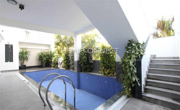 swimming-pool-house-for-rent-in-district2-pv020594