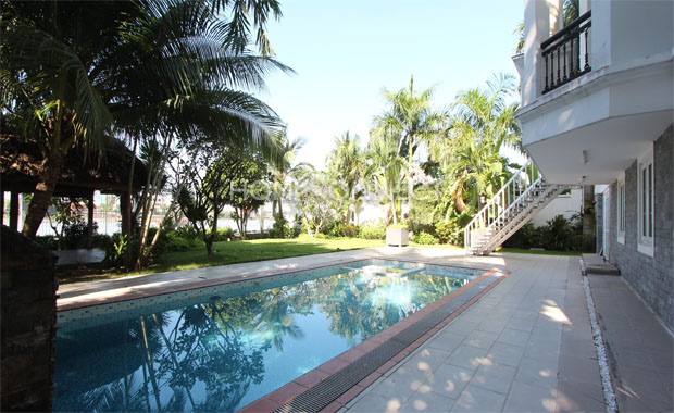 swimming-pool-house-for-rent-in-thao dien-pv020061