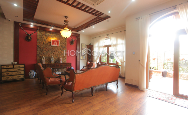 living-room3-house-for-rent-in-compound-in-district2-vc020415