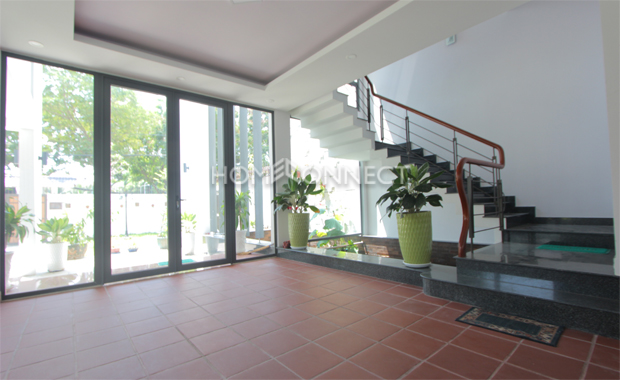 landing-area-house-for-rent-in-thao dien-pv020623