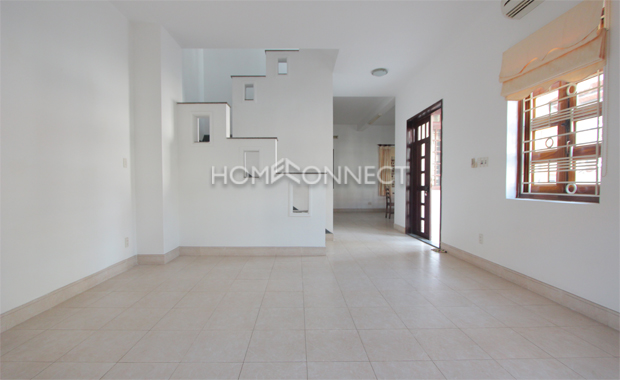 living-room-house-for-rent-in-district2-th020010