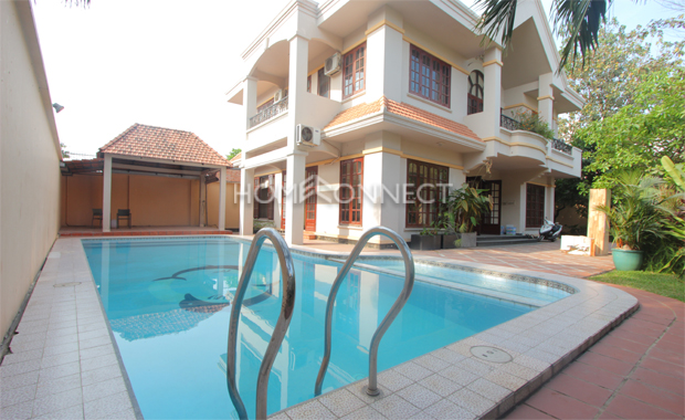 swimming-pool-house-for-rent-in-district2-pv020295