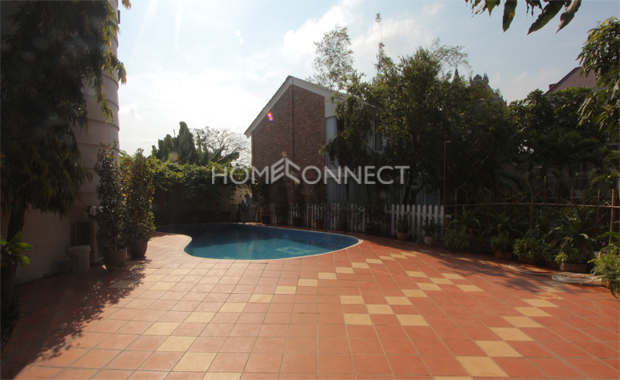 swimming-pool-house-for-rent-in-thao dien-pv020274