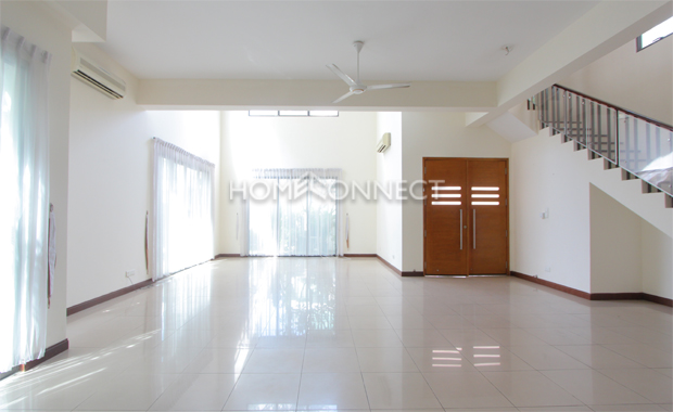 living-room3-house-for-rent-in-compound-in-district 2-vc020019
