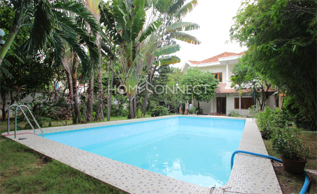 swimming-pool-house-for-rent-in-compound-in-district 2-vc020039
