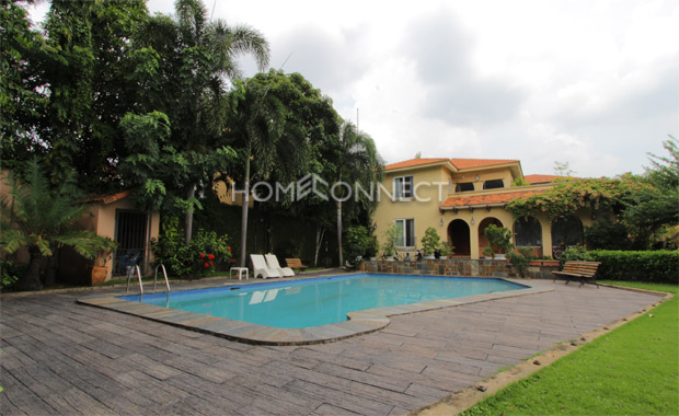 swimming-pool-house-for-rent-in-compound-in-district 2-pv020129